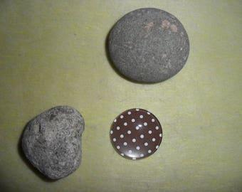 Brown polka dot brown glass cabochon, 20 mm round