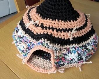 Handmade crochet igloo for cats, violet basket