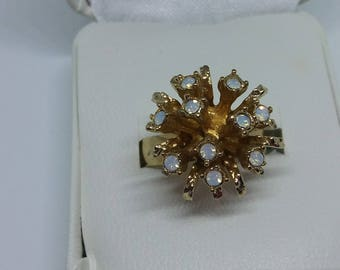 Vintage Sarah Coventry Cluster Synthetic Opal Ring
