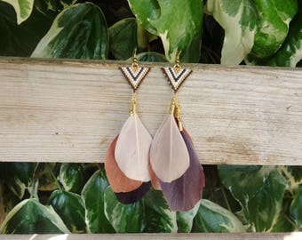 Earrings Miyuki beads and feathers in gold and Brown