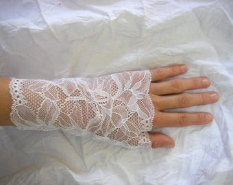 Very fine white lace fingerless gloves, wedding