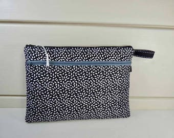 Organizer bag, small tablet case, with clever elastic