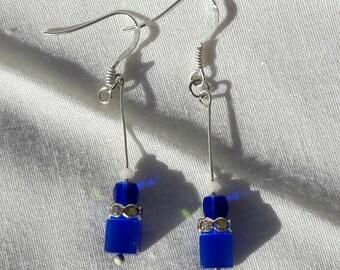Pretty blue earrings... wear everywhere!