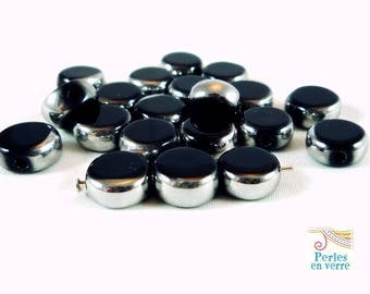 10 black beads, 10mm, (pv246) silver rimmed glass pucks