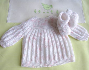 "Shirt and baby booties ""speckled white rose"" newborn hand made knit"