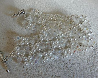 CUFF BRACELET SPARKLE AND PURITY