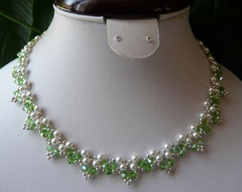 BEADED NECKLACE PEARLY AND PERIDOT SWAROVSKI CRYSTAL