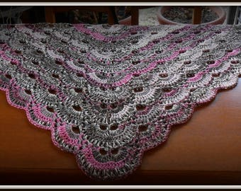MULTICOLOR CROCHET SHAWL