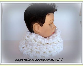 Scarf tube, scarf, snood, woman snood, cowl, neck warmer, neck scarf, vintage white handmade crochet with acrylic yarn