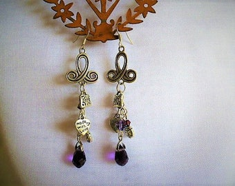 Earrings long romantic style of 8 cm in silver and purple tassels, handbag, heart and swarovski pearls