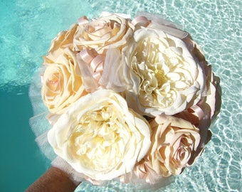 English rose bridal bouquet, peach and ivory