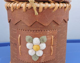 Handmade Birch Bark Lidded Box with Moose Tufting Flowers