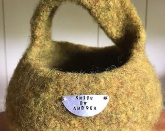 Möbius felted basket