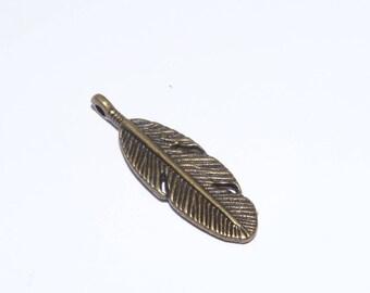 Bronze form jewelry charm bracelet charm plucks 30x10mm