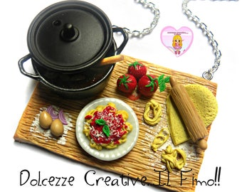 Necklace preparation with noodles-pasta - sauce and sauce pot - handmade