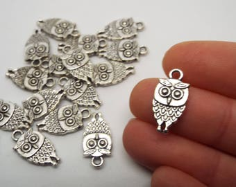 Small Owl Silver Coloured Charm 18mm