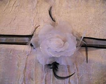 "Black and White Ribbon necklace white flower ""Wedding March"""