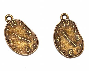 Charm clock Alice in Wonderland