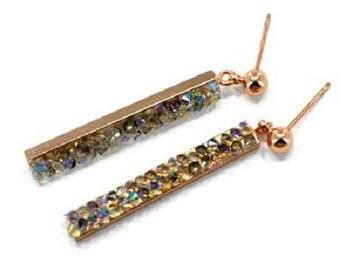 Pink gold earrings