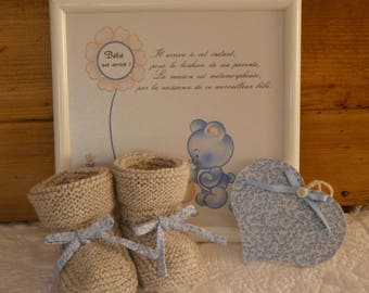 Baby shoes-knitted hand and heart to hang with wooden and fabric liberty