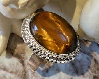 "Ring oval gemstone ""Tiger Œil."""