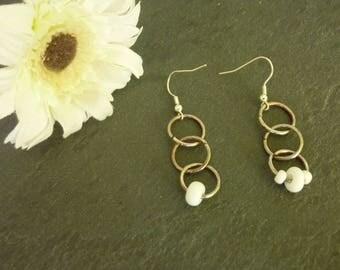 Asymmetric rings earrings