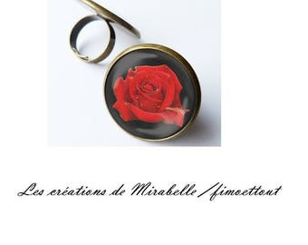 pretty romantic and sensual red rose pattern glass cabochon ring
