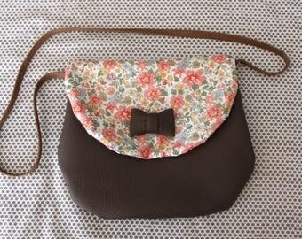 node liberty and Brown shoulder bag