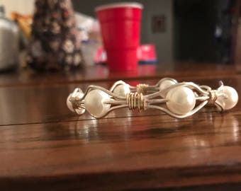 All the way around Pearl Wire Bracelet.