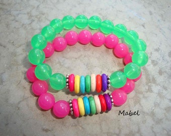 Green bracelet, translucent and colored beads for women