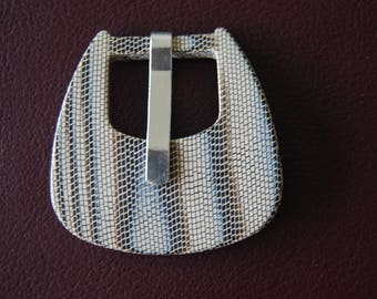 Printed original belt or bag, plastic buckle.