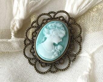 Cameo pin retro Gothic Victorian lolita