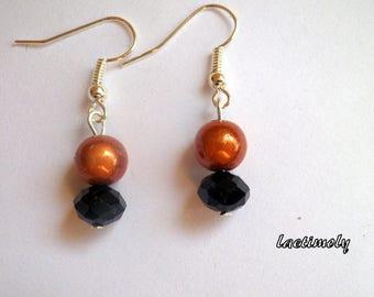 Magic and dark brown earrings