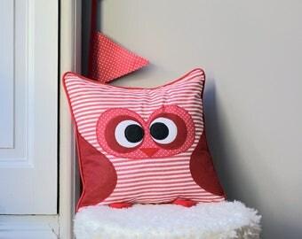 Pillow/stuffed owls, sailor Red