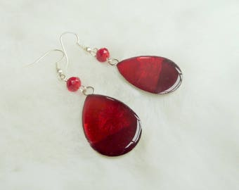 Earrings drop trio of red and resin cabochon