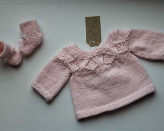 Shirt and pair of booties for Preemie or doll 40-45 cm