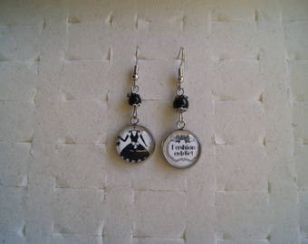 """My little black dress"" cabochon earrings"