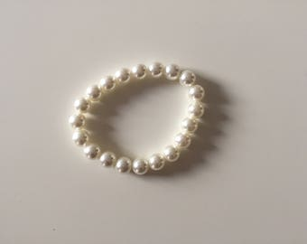 Plastic Pearl Beaded Bracelet