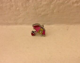 Model passing umbrella enameled bracelet strap
