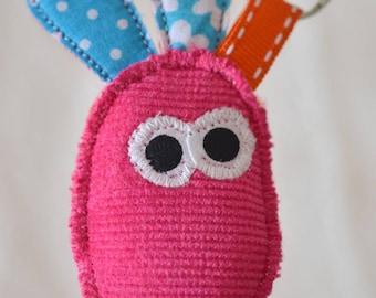 le porte-clé patatoudou : un mini doudou rigolo et coloré