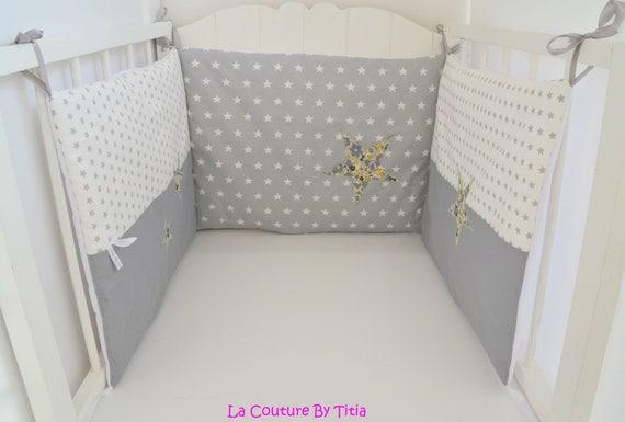 tour de lit fait main liberty betsy vervaine etoiles gris. Black Bedroom Furniture Sets. Home Design Ideas