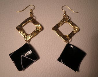 01551 - Earrings graphic gold and black