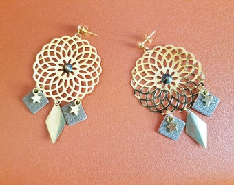 Boucles d'oreilles Taupe leather and gold (pierced)