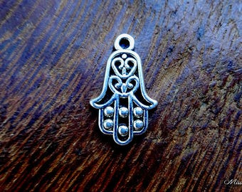 1 charm/pendant hand of Fatima for creation