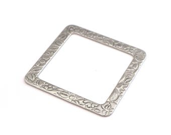 Silver square pendant in stainless steel 5cm