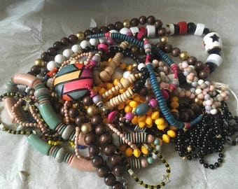 Z 19, vintage to now assorted mixed beaded necklace lot. Wear, resell, gift