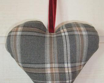 Heart cushion Scottish door (No. 27)