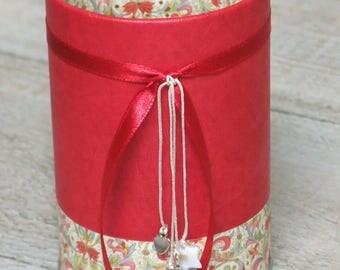(No. 156) pencil holder floral red & beige