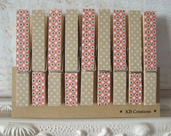 9 clips linens decorated (No. 57) Red & beige