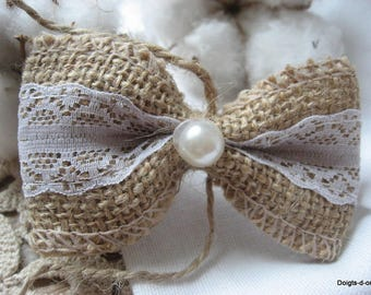 Burlap with lace, decorated with a bow bead